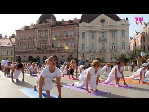 YOGA DAYS OF GOOD DEEDS - YOGIS IN DOWNTOWN NOVI SAD - May, 19th 2013, Novi Sad, Serbia