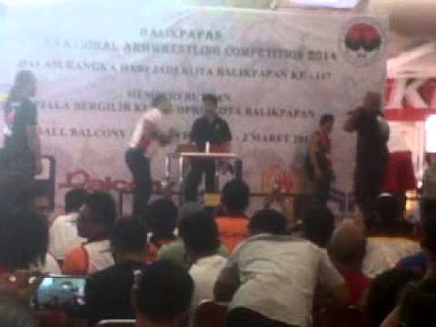 Balikpapan International Armwrestling Competition 2014 Siroj vs Dion