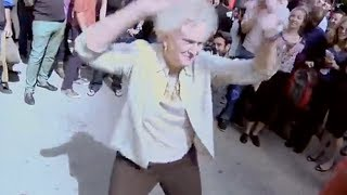 VIDEO: 73 Yr Old Grandma Twerking - World Record