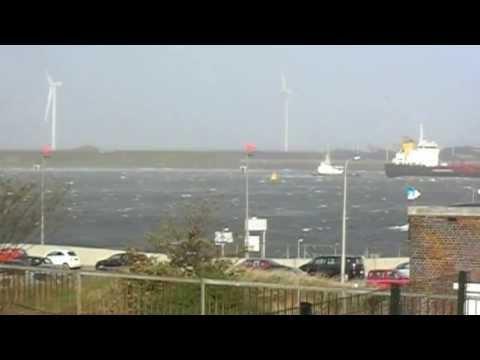 Storm in IJmuiden 28-10-2013