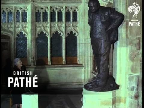 Special ! Churchill Statue Unveiled (1969)