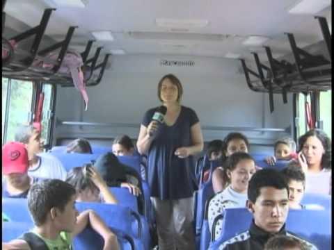 Novos ônibus escolares para um transporte mais seguro