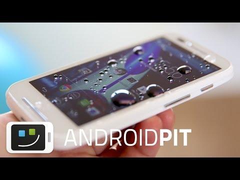 Moto E - ¡Lo sumergimos en agua! | AndroidPIT