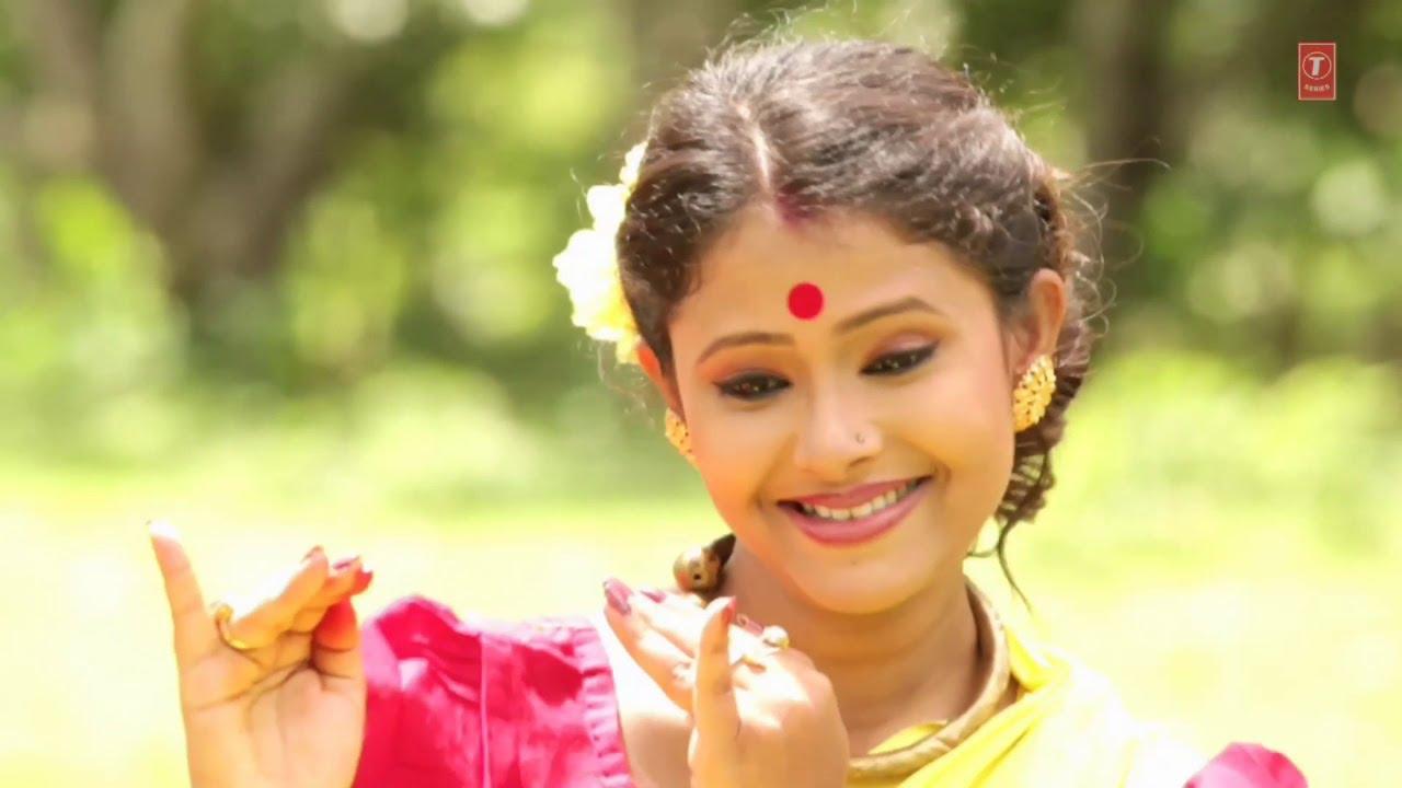 Bengali Boudi Hot Poses Photos