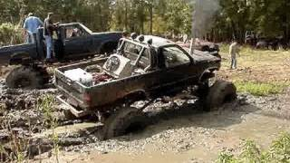 CUMMINS DIESEL POWERED TOYOTA TACOMA 4X4 MUD TRUCK On 44