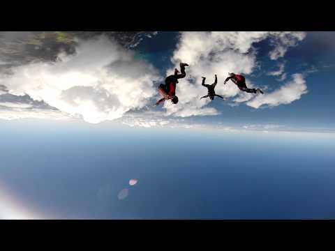 The best jumps of 2015 - Skydiving in Paradise