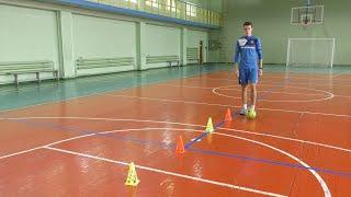 Вправи для відпрацювання техніки роботи ніг з м'ячем