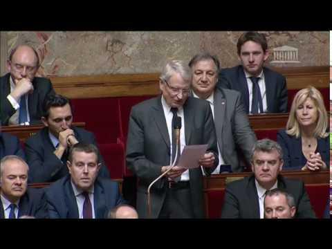 M. Gérard Cherpion - Recentralisation de l'Etat (formation professionnelle)