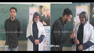 فيديو رائع ..من مبادرة مليون عمل سعيد..تلميذ و بعد 16 سنة يُفاجئ معلمته بوردة  