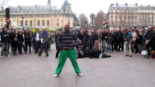 Street Dance in Paris