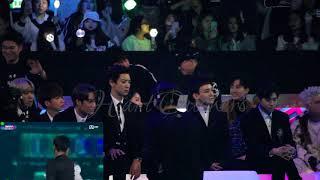 [HD FANCAM] 171201 2017 MAMA IN HONG KONG EXO'S REACTION TO TAEMIN AND SUNMI'S MOVE