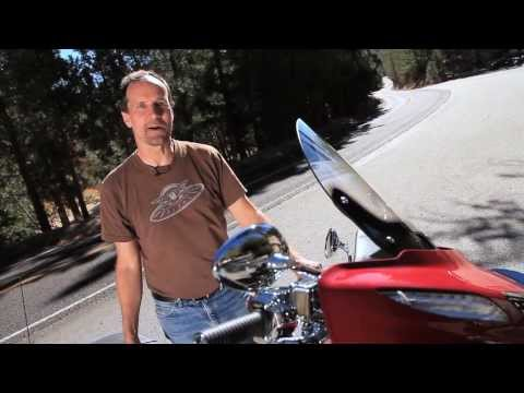 2014 Harley-Davidson Street Glide Special vs. Indian Chieftain