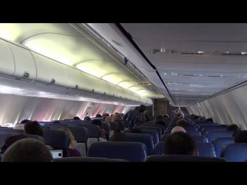 Southwest Airlines 4032: BWI to Chicago (MDW) with a very snowy landing