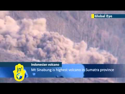 Indonesia's Mt Sinabung continues to spew volcanic ash