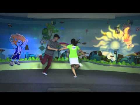 Nhà Mình Rất Vui - tiNi Dancing