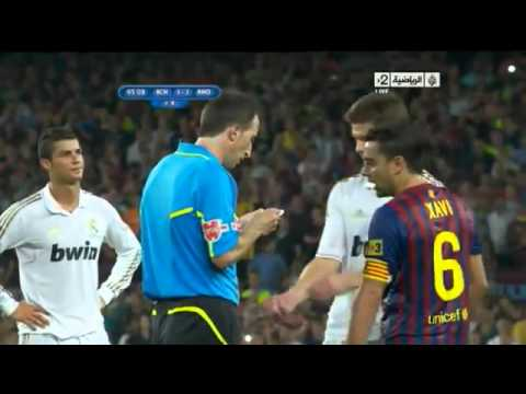 Barcelona Vs Real Madrid - Fight Ozil David Villa José Mourinho ( 3-2 )