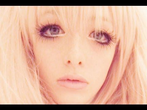 Junko Enoshima Cosplay Makeup,