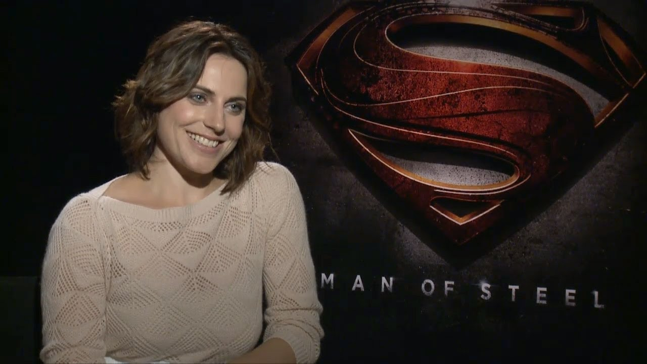 Antje Traue - Man of Steel Interview HD - YouTube