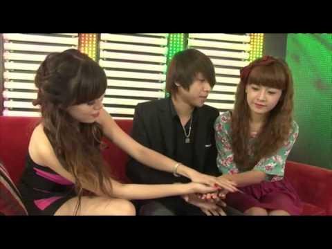 Ảo thuật gia J gây shock cho 2 hot girl Chi Pu và Mai Thỏ