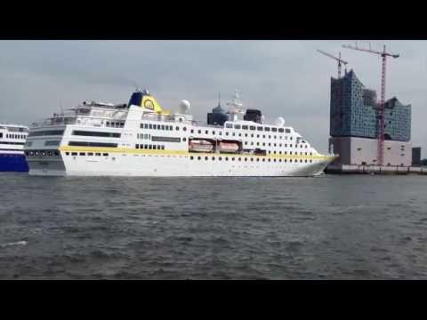 MS Hamburg arrives in Hamburg