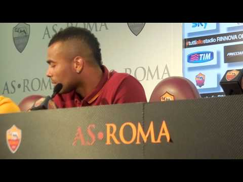 CONFERENZA Ashley Cole
