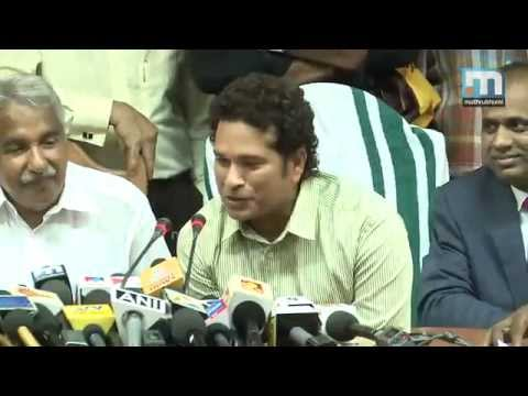 Sachin Tendulkar Meets CM Oommen Chandy Talks About Kerala Blasters Football Team