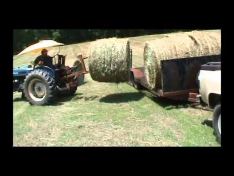Hauling Hay with a 1985 Chevy C30