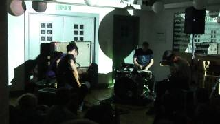 Zs at the Whitechapel Gallery - Music & Live Words view on youtube.com tube online.