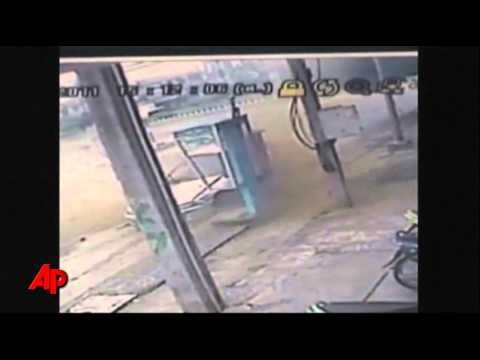 Raw Video: Car Bomb Explosion Hits Officer