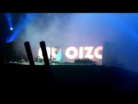 Miniatura del vídeo MR. Oizo Part 1/4 Live @ Beatpatrol 22.07.2011 [Full HD]