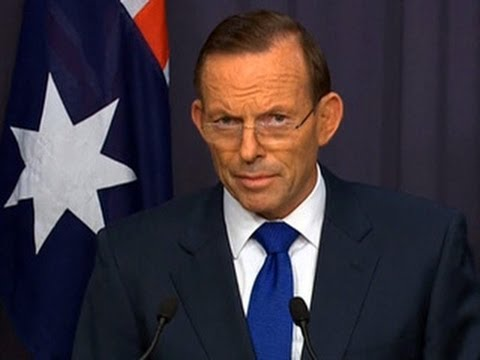 Australian PM says Flight 370 search will now focus on ocean floor