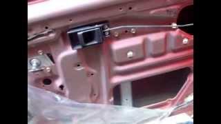 Mantenimiento de mecanismo de puerta de coche