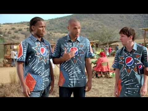 PEPSI FOOTBALL AFRICA 2010 COMMERCIAL FEATURING MESSI KAKA DROGBA LAMPARD HENRY AND AKON,