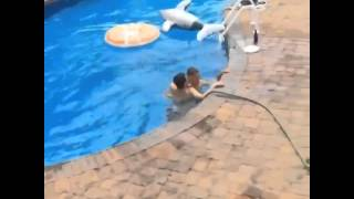 pool-jump-fail-guy-breaks-his-hip-trying-to-be-cool