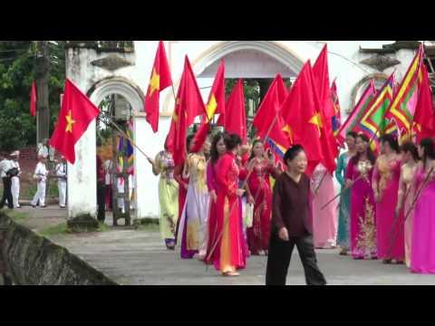 hát quan họ trên thuyền lễ hội làng ngoại hoàng 2016