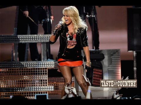 Miranda Lambert Reveals Her Ringtone for Blake Shelton