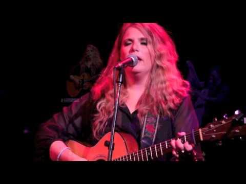 Doire Cholm Cille - Ashley Davis