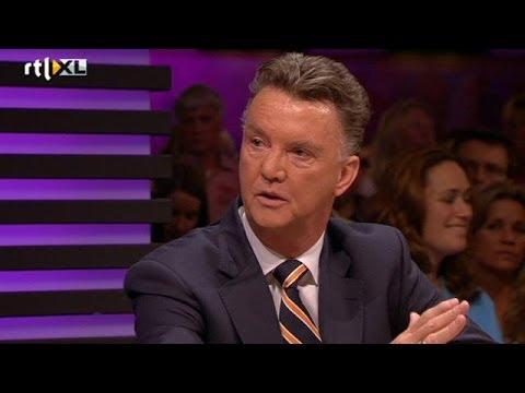 Louis van Gaal wil met Manchester naar eerste plek - RTL LATE NIGHT