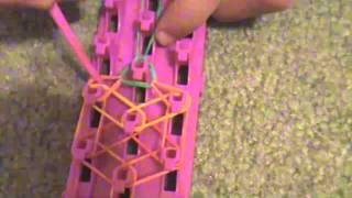 "How To Make The ""Flower Ring"" With Crazy Loom!"