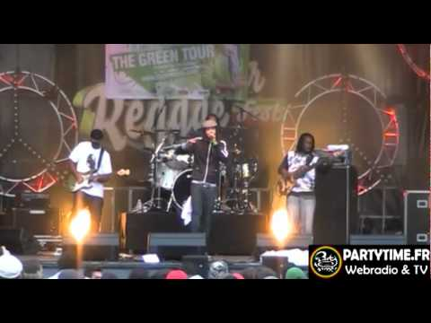 ZIGGI RECADO - Live at Summer Reggae Fest 2011 PARTY TIME
