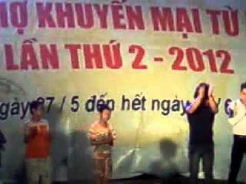 hài hước Châu Việt Cường tại hội chợ