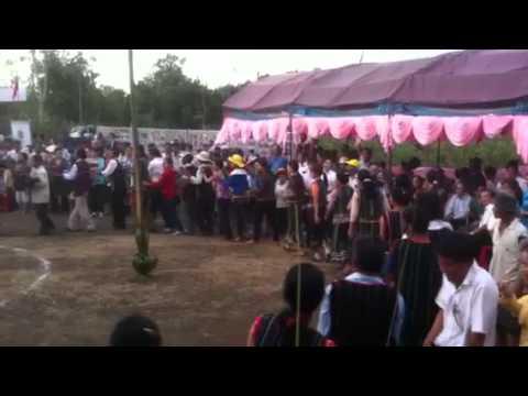 Đồng Nai - BTGTU - Lễ hội Sayangva ở Long Khánh - Đồng bào múa hát.MOV