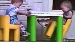 Kumpulan video bayi lucu