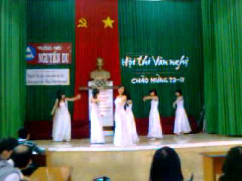 9a1 - loi con hua (thuy chi) - 20/11 (teacher's day) ^^