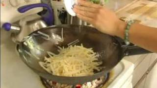 How To Cook Quick & Easy Chinese Recipes : Garnishing