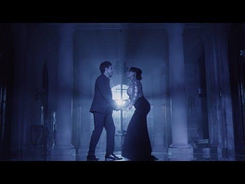 A la manera mía (ft. Idania Valdés) - Leo