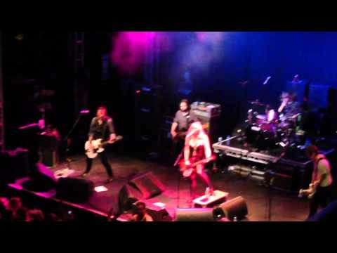 Courtney Love - Celebrity Skin, Leeds Academy 2014