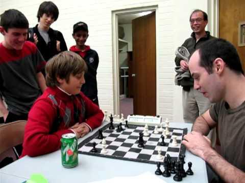 10-latek pokonuje mistrza szachowego!