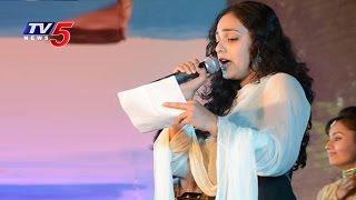 Actress Nitya Menon Sings Lalijo Song @ NATA 2016