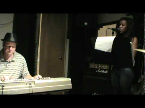Ma'Jay singing Pretty Liar by Don Lewis  (c) 2011